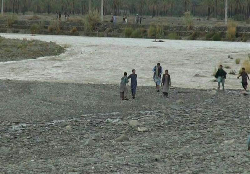 برداشت بیرویه شن و ماسه از رودخانههای گیلان مورد پیگرد قرار میگیرد