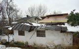 تخریب منزل مسکونی پیرمردی در خیابان رازی رشت بر اثر برف!+ تصاویر