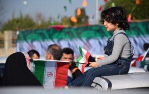 رژه موتوری و راهپیمایی خانوادگی خودرویی گرامیداشت ۲۲ بهمن در رشت+ تصاویر